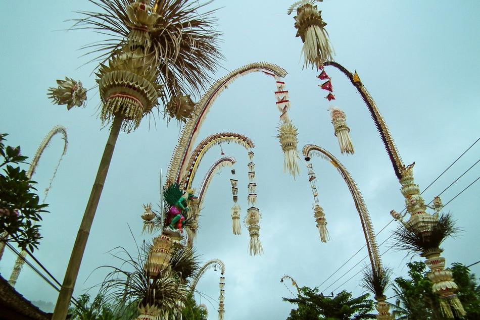 пенджоры на Бали