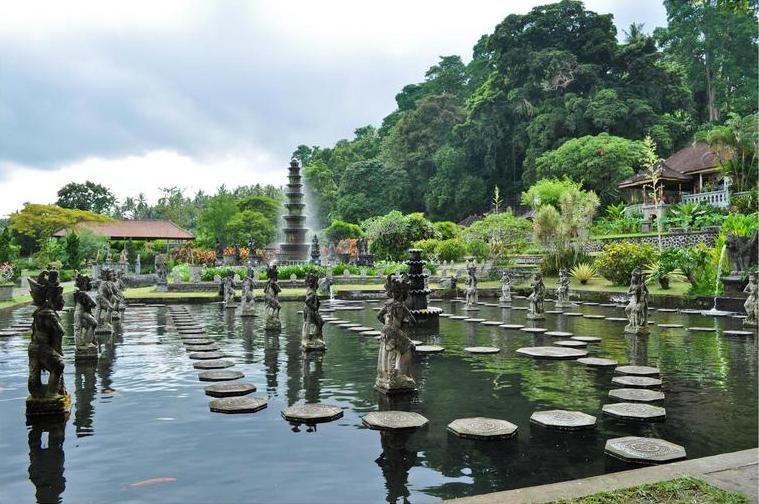 водный дворец